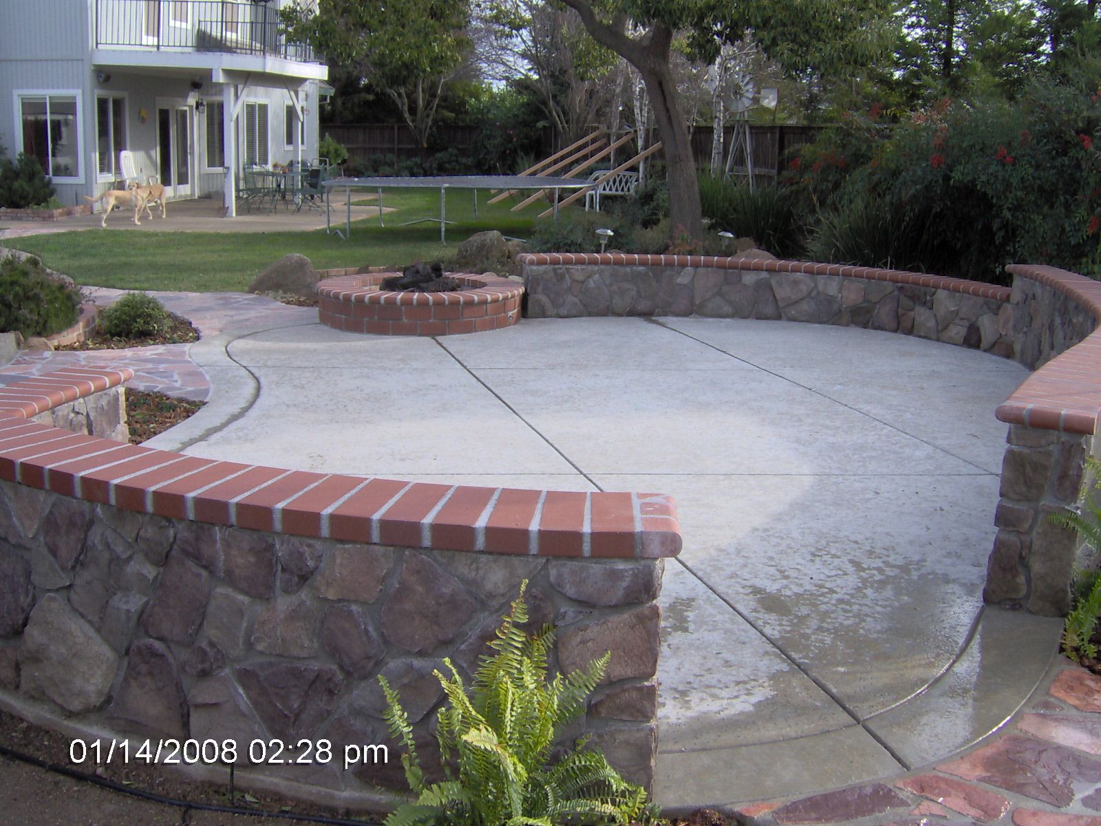 Projects Red Brick Walls Raised Patio Patio