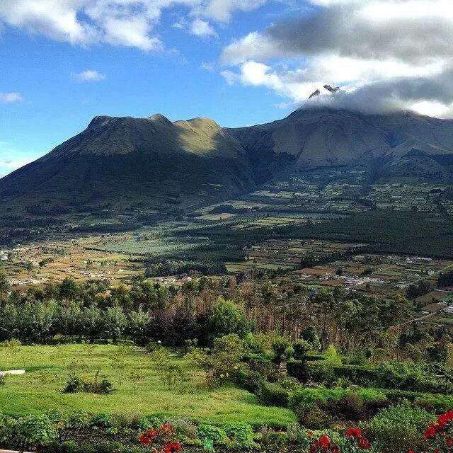 Paisajes Andinos Ecuador Natural Landmarks Places Nature