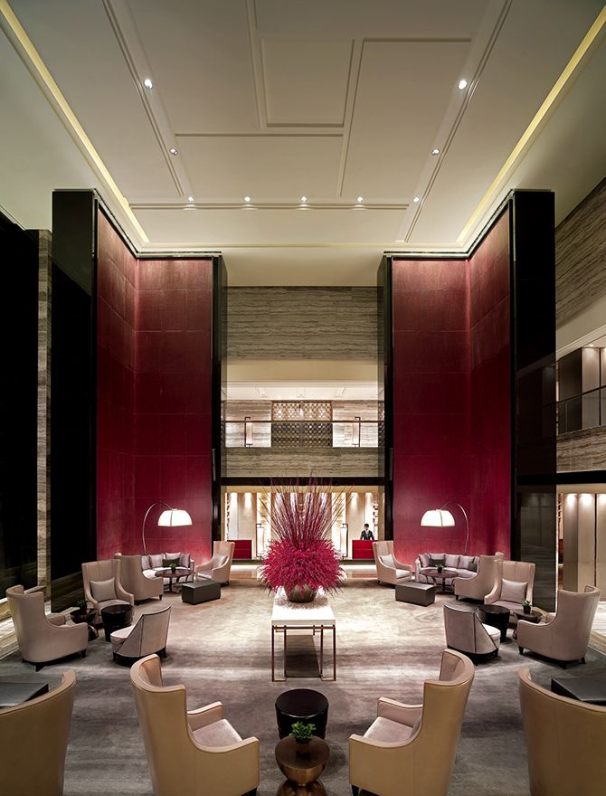 Tang lobby lounge new world beijing luxury hotel for False ceiling design for lobby