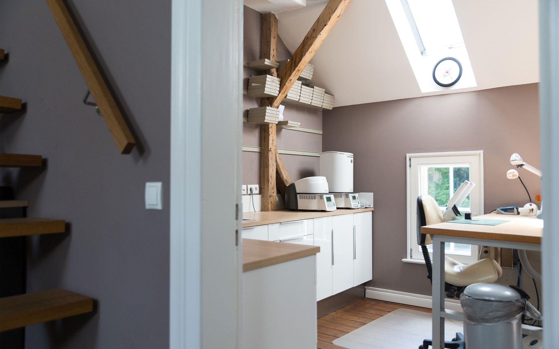 dental lab design wood modern interior | Extraordinary