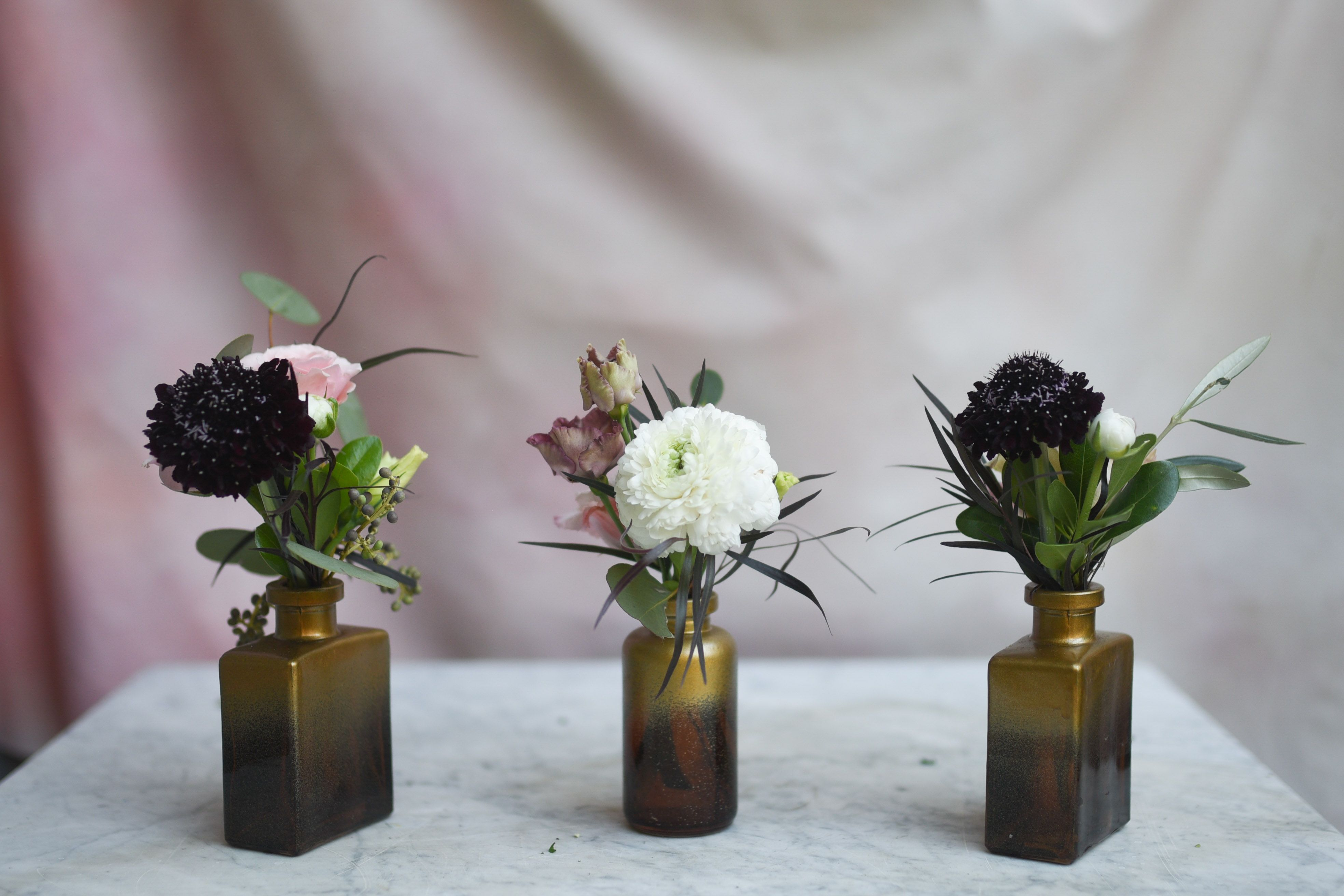 Gold Bud Vases With Dark Accents In 2020 Bud Vases Arrangements Bud Vases Vase Arrangements
