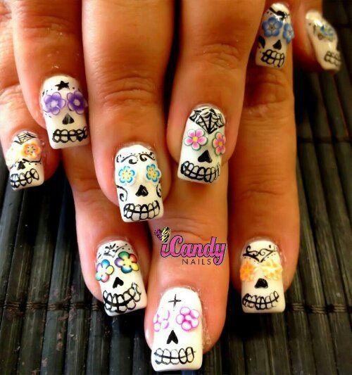 Sugar skull nails (With images) | Sugar skull nails, Skull ...