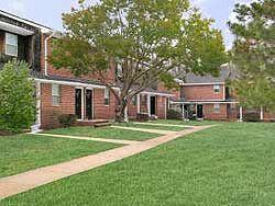 White Pine Apartments | Pet Friendly Apartments | Lawrenceville, NJ ...