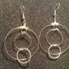 Magnifique paire de boucles d'oreilles en argent massif 925