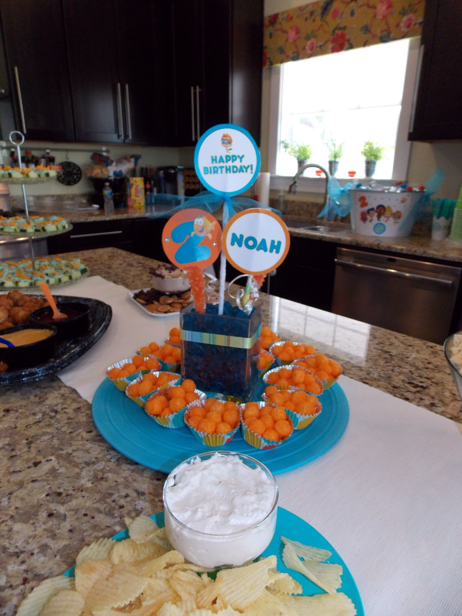 Centerpiece Bubble Guppies | Birthday Party Ideas | Pinterest