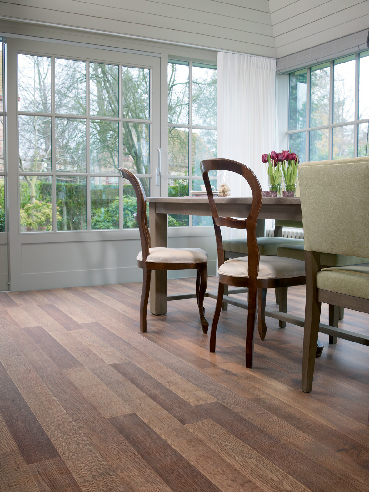 Carpetright Senator Oak laminate flooring
