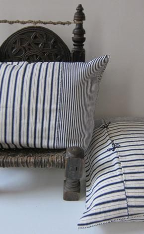 Cosy Corner: Throw Pillow from