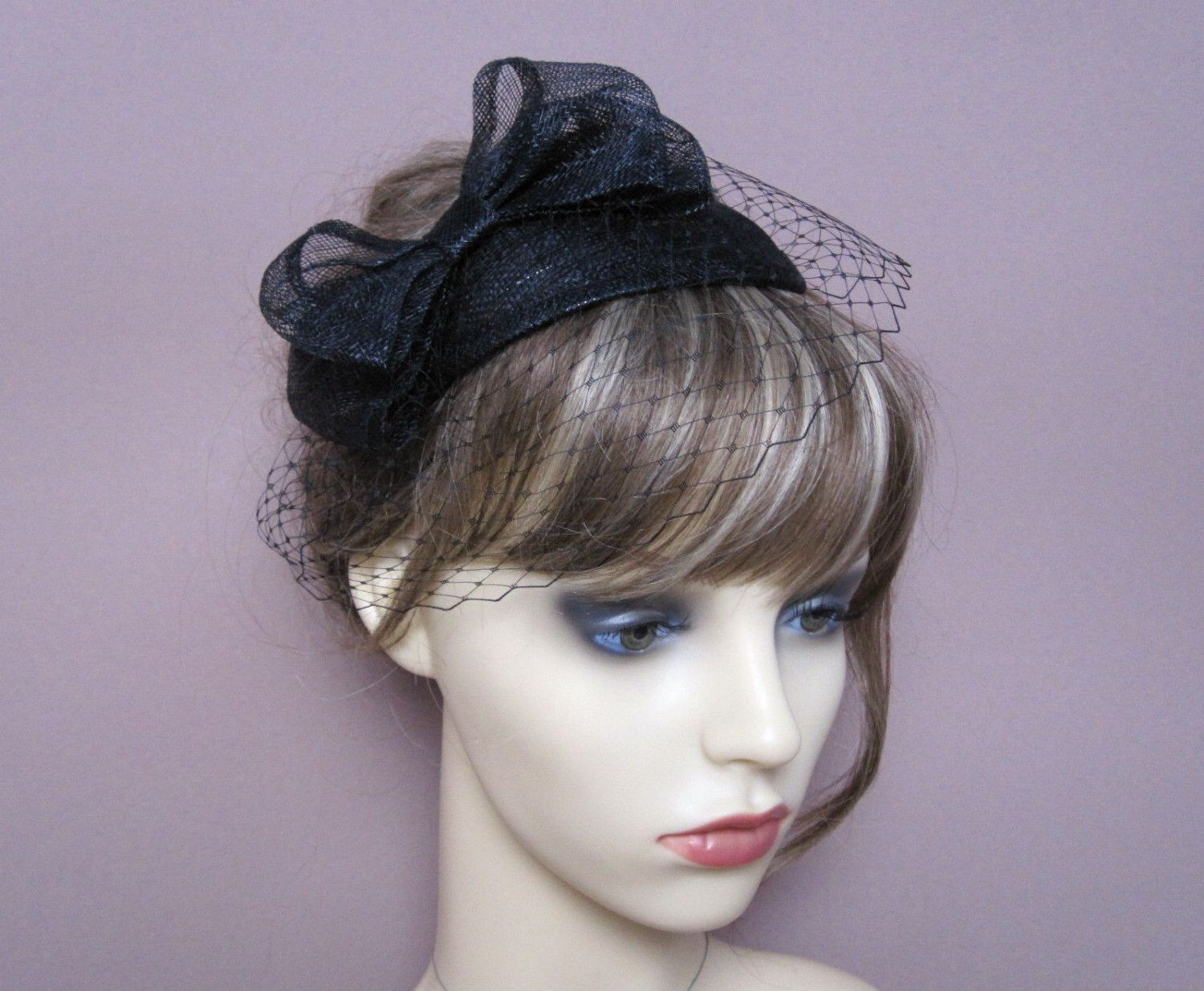 Black Fascinator Sinamay Teardrop Veiled Hat With Bow French Net Veil 1940s 1950s Style Headpiece