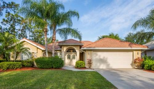 Tivoli #1023 Naples (Florida) Located in East Naples, this holiday home is set 5 km from Naples. The property features views of the lake and is 38 km from Fort Myers Beach. Free WiFi is featured throughout the property.