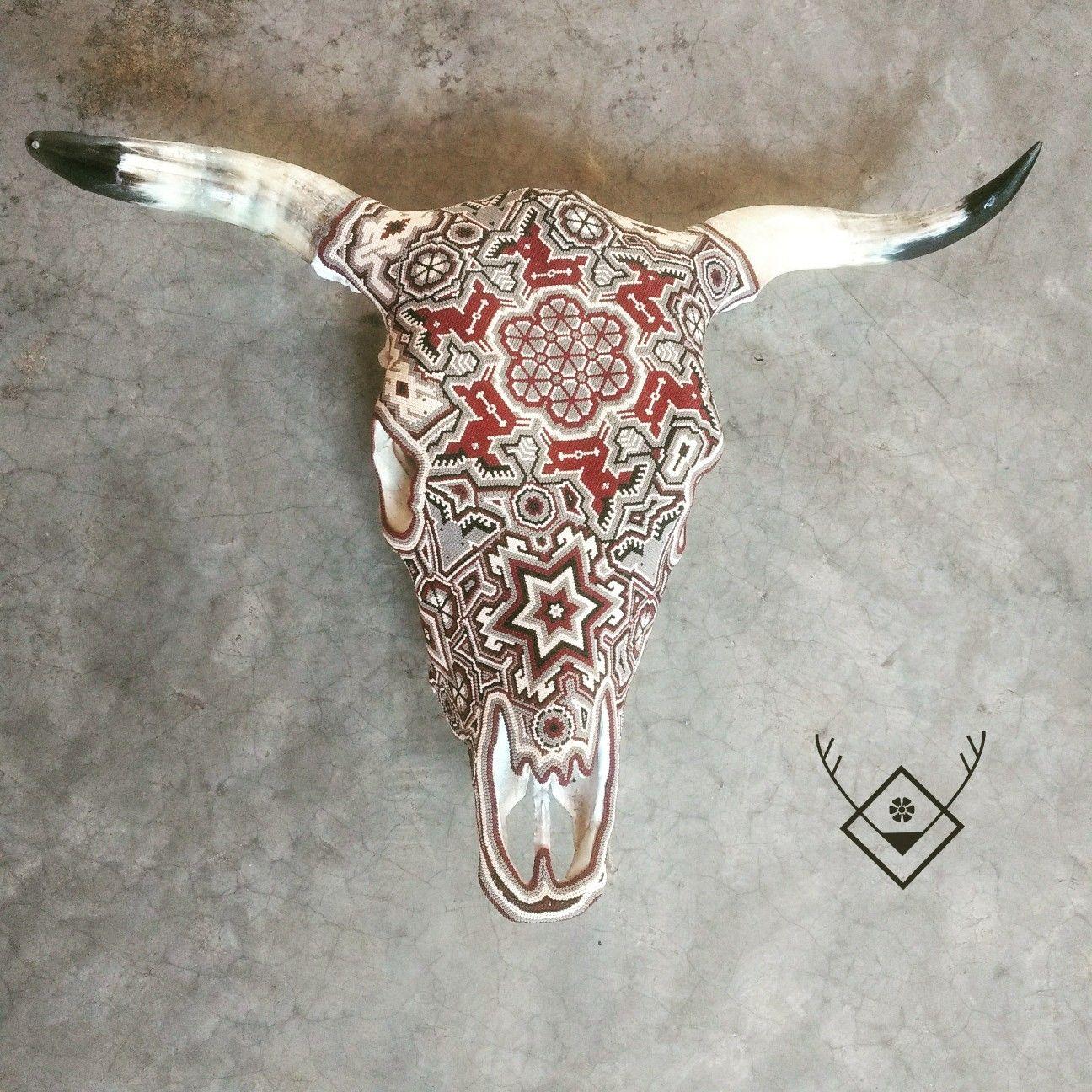Lucien 3 Cabeza De Vaca Decorada Con Arte Huichol Por At Ojopecoso