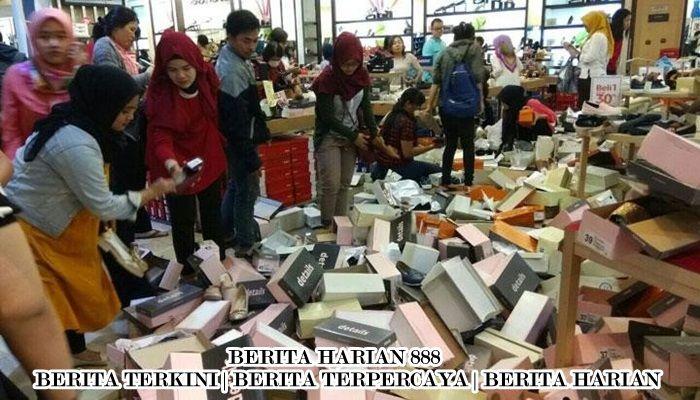 Pembeli Ramekan Matahari di Jakarta Barat