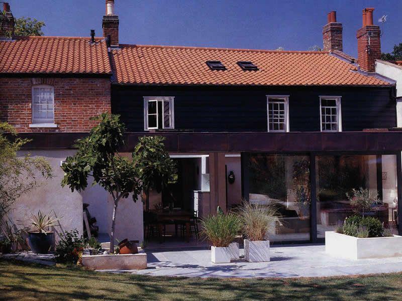 Pin by Melanie Worthington on Garden House styles, Cottage