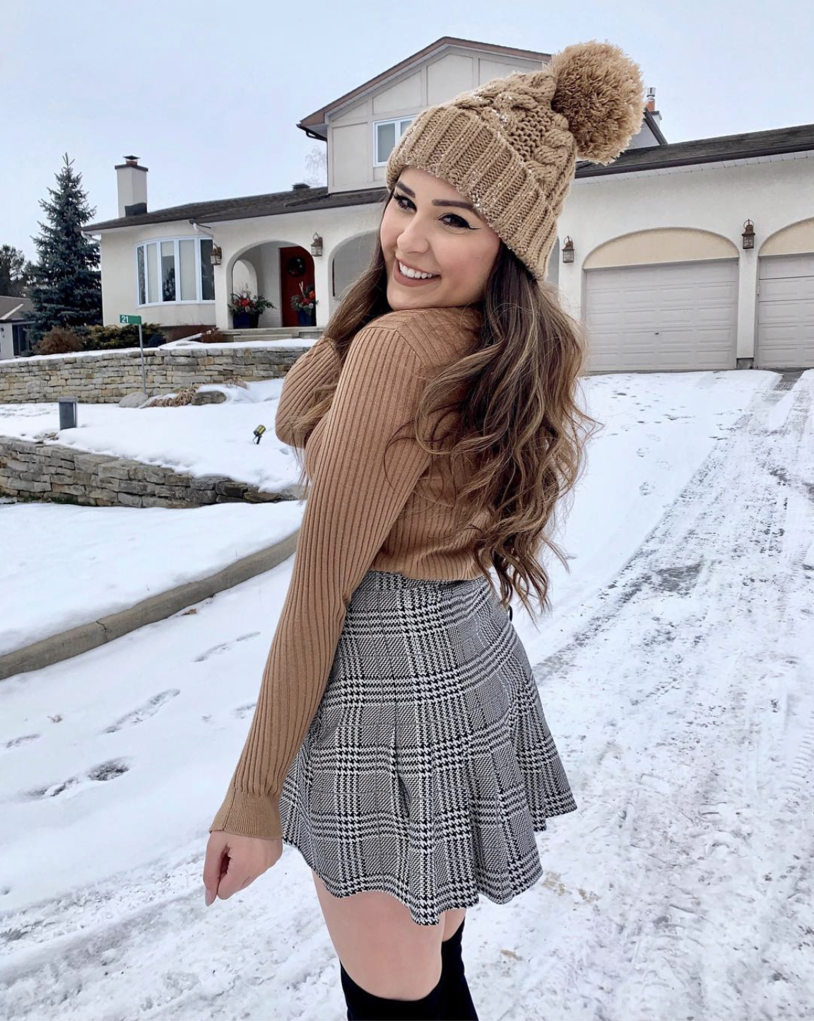 f2091c7d475c0 Mash Elle beauty blogger | where to find the best beanies | how to wear  beanies | cute beanies for winter | pom pom winter beanies | winter outfit  | snow ...