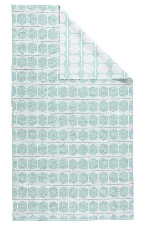 med grafisk mønster. Vendbart plastteppe med positivt/negativt mønster. Svenskprodusert. Vask 30°.