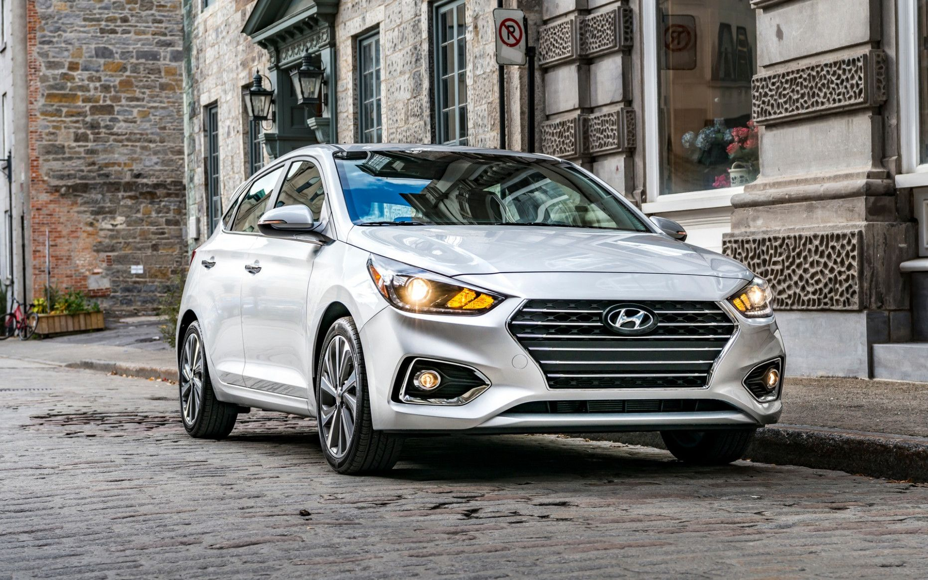 2020 Hyundai Accent in 2020 Hyundai accent, Accent car
