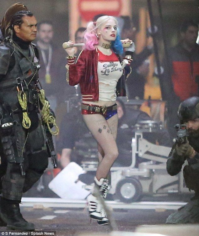 New set images from Suicide Squad has brought us more pictures of Margot  Robbie as Harley Quinn which you can see below. Suicide Squad has an August  201