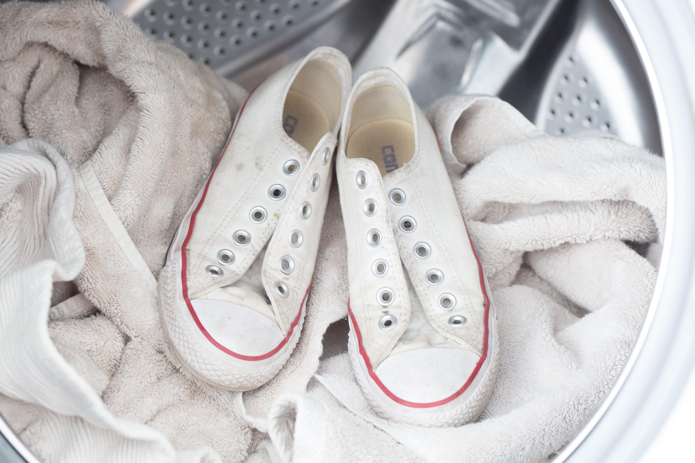 Wash Sneakers in a Washing Machine