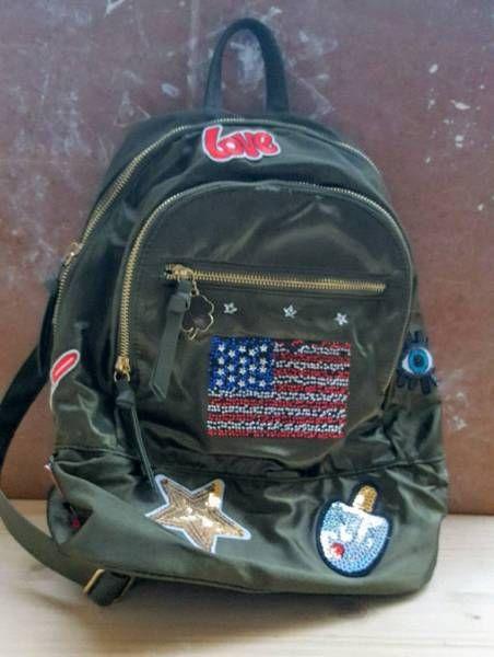 b9a5ffe711bca Rucksack wurde nie getragen. Tierfreier Nichtraucher Haushalt.  Selbstabholer oder Versand Maxibrief.