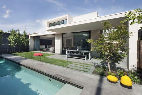 Maison contemporaine avec de magnifiques intérieurs