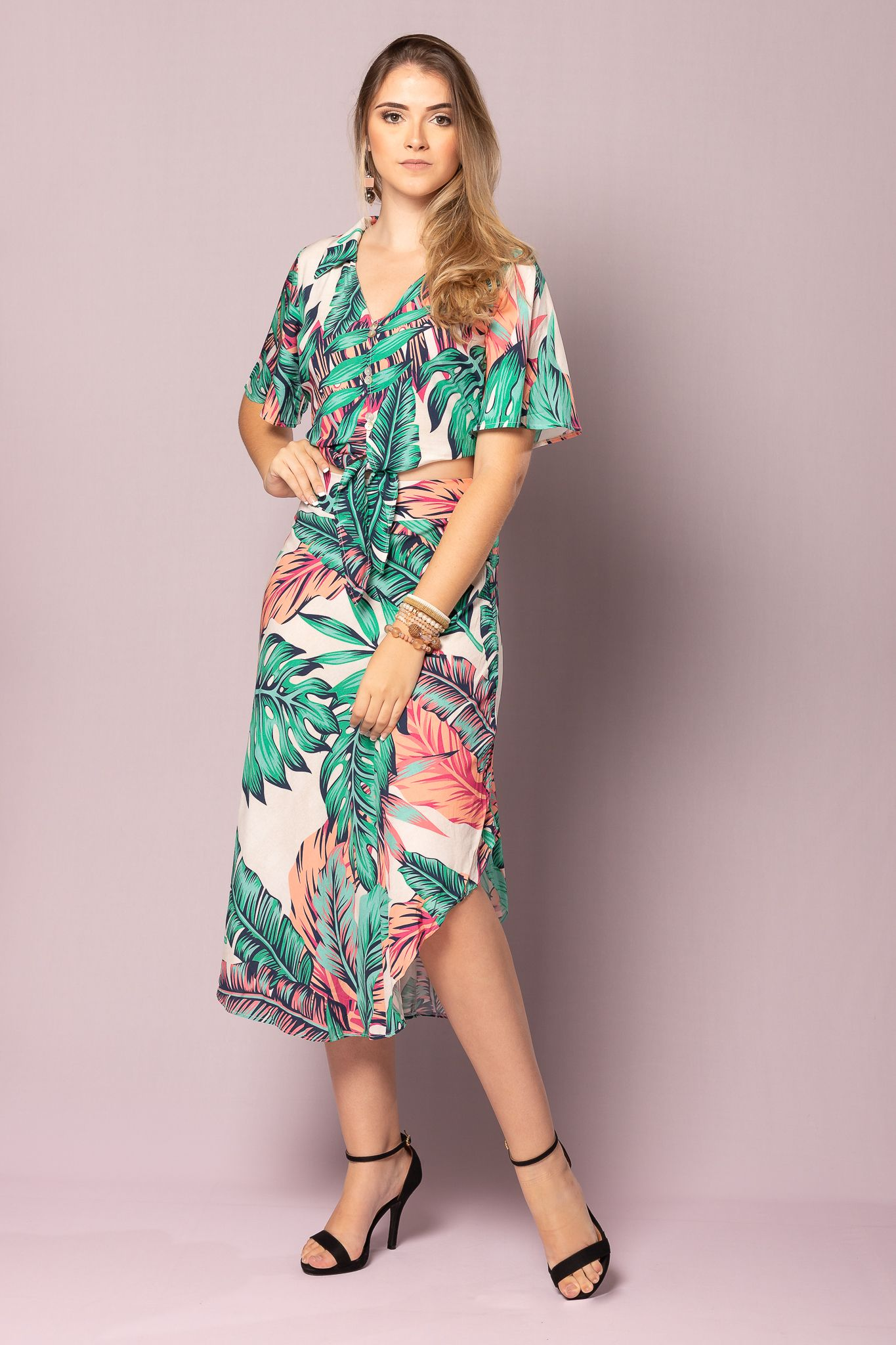 f54255b6f SAIA MIDI ALVORADA | MODA | Fashion, Floral e Skirts