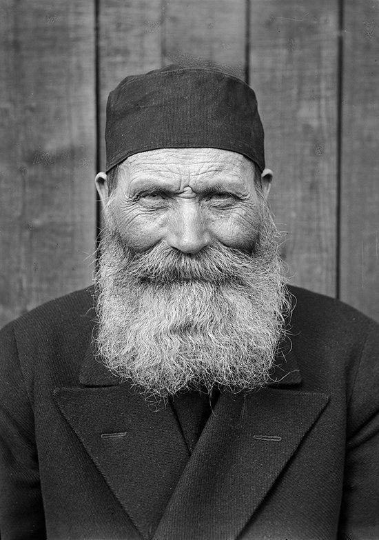 The yeoman farmer Ollas Per Persson, born in 1866, photographed in Almo, Dalecarlia, Sweden in 1935