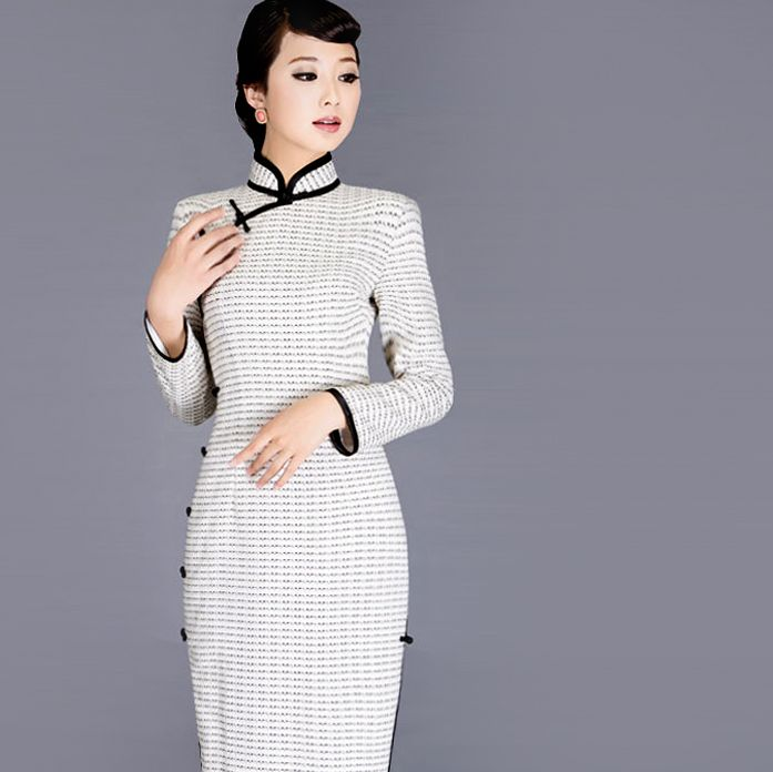 Shop elegant silk cheongsam, traditional Chinese red bridal dresses, sexy modernize Qipao from www.ModernQipao.com. Save 6% by share our products. White cotton linen long sleeve qipao traditional winter Chinese cheongsam dress