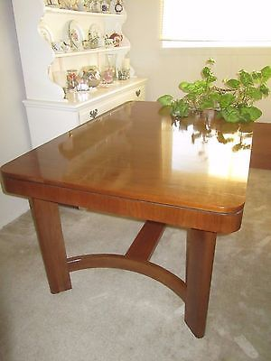 Gorgeous Mid Century Wooden Dining Room Table Extendable Trestle Base https://t.co/BwYe1VLGGs https://t.co/8ozfOGNnKw