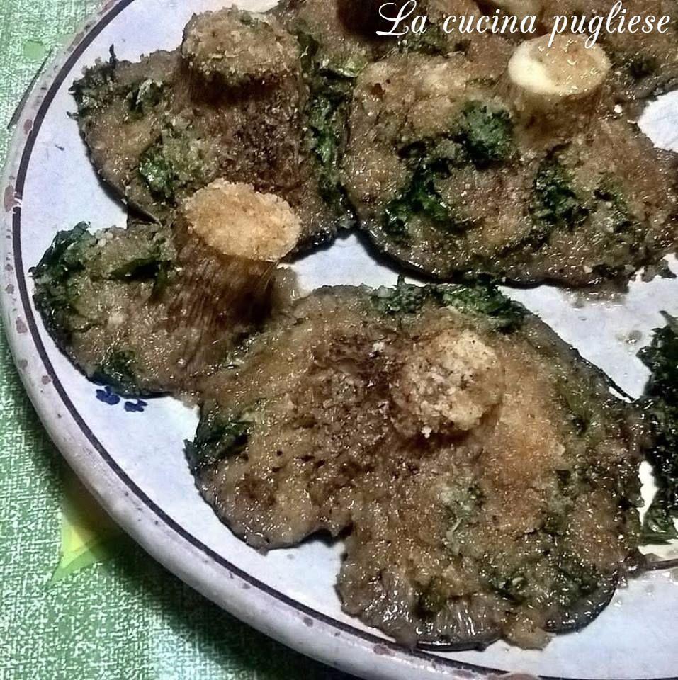 Un Contorno Autunnale Tipico Della Cucina Pugliese Sono I Funghi Cardoncelli Gratinati I Funghi Cardoncelli Gratinati Sono Una Ricette Funghi Ricette Semplici
