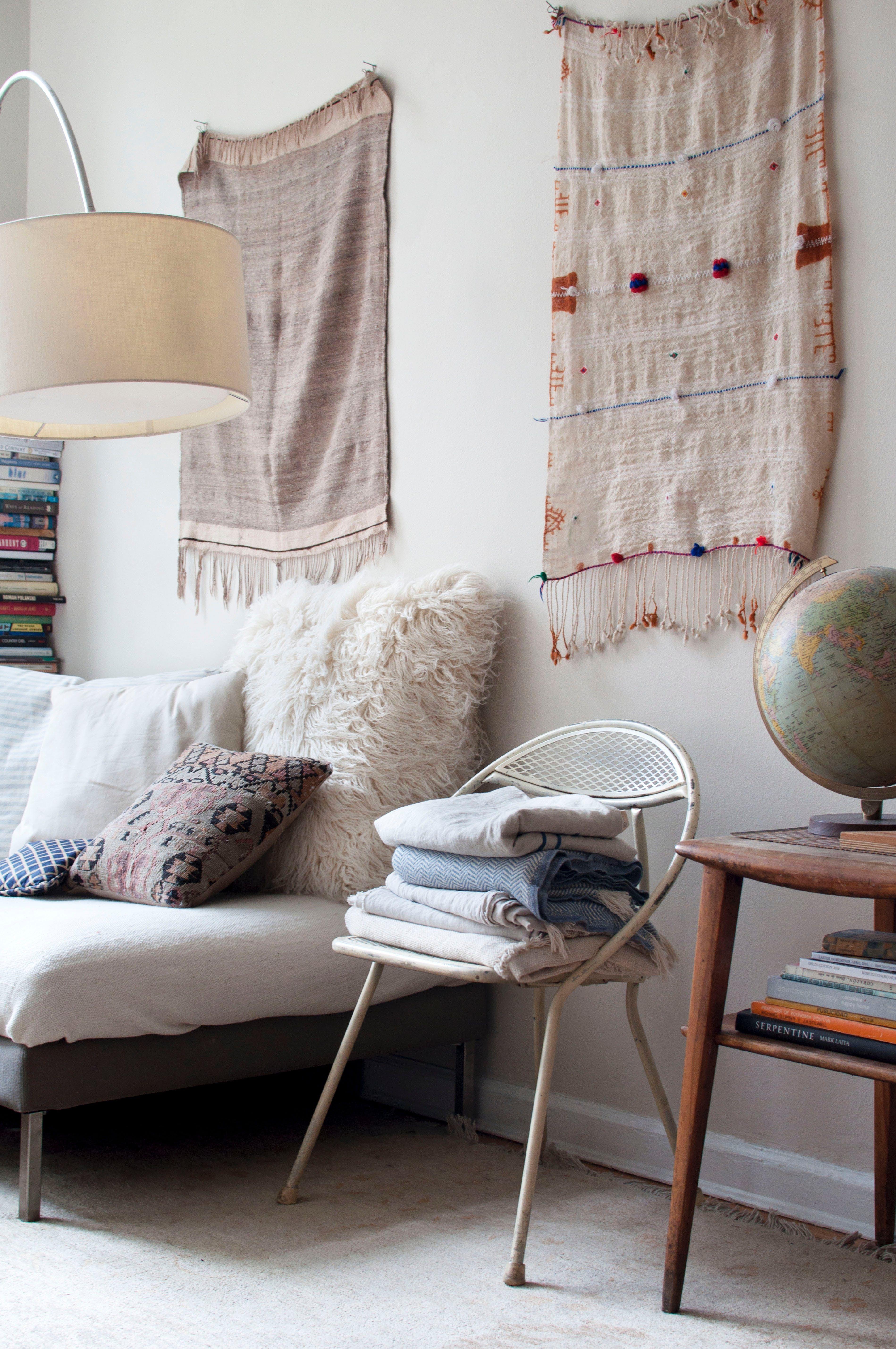 Designer Caroline Z Hurley S Textile Filled Studio Apartment Odds