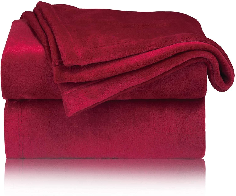 Bedsure Kuscheldecke Rot Xl Decke Sofa Weiche Warme Fleecedecke Als Sofadecke Couchdecke Kuschel Wohndecken Kuscheldecken In 2020 Schlafkissen Sofa Decke Bettwasche