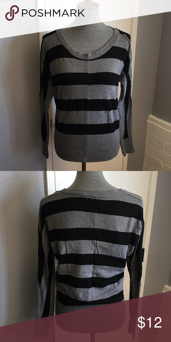 Gap Sweater Black and gray stripes, size small. GAP Sweaters Crew & Scoop Necks