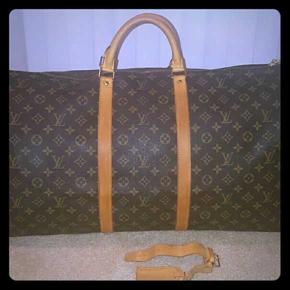 Louis Vuitton Keepall 60 In great condition. Comes with belt loop and luggage tag. No lock and key. no dustbag bag. Better price elsewhere. Louis Vuitton Bags Travel Bags