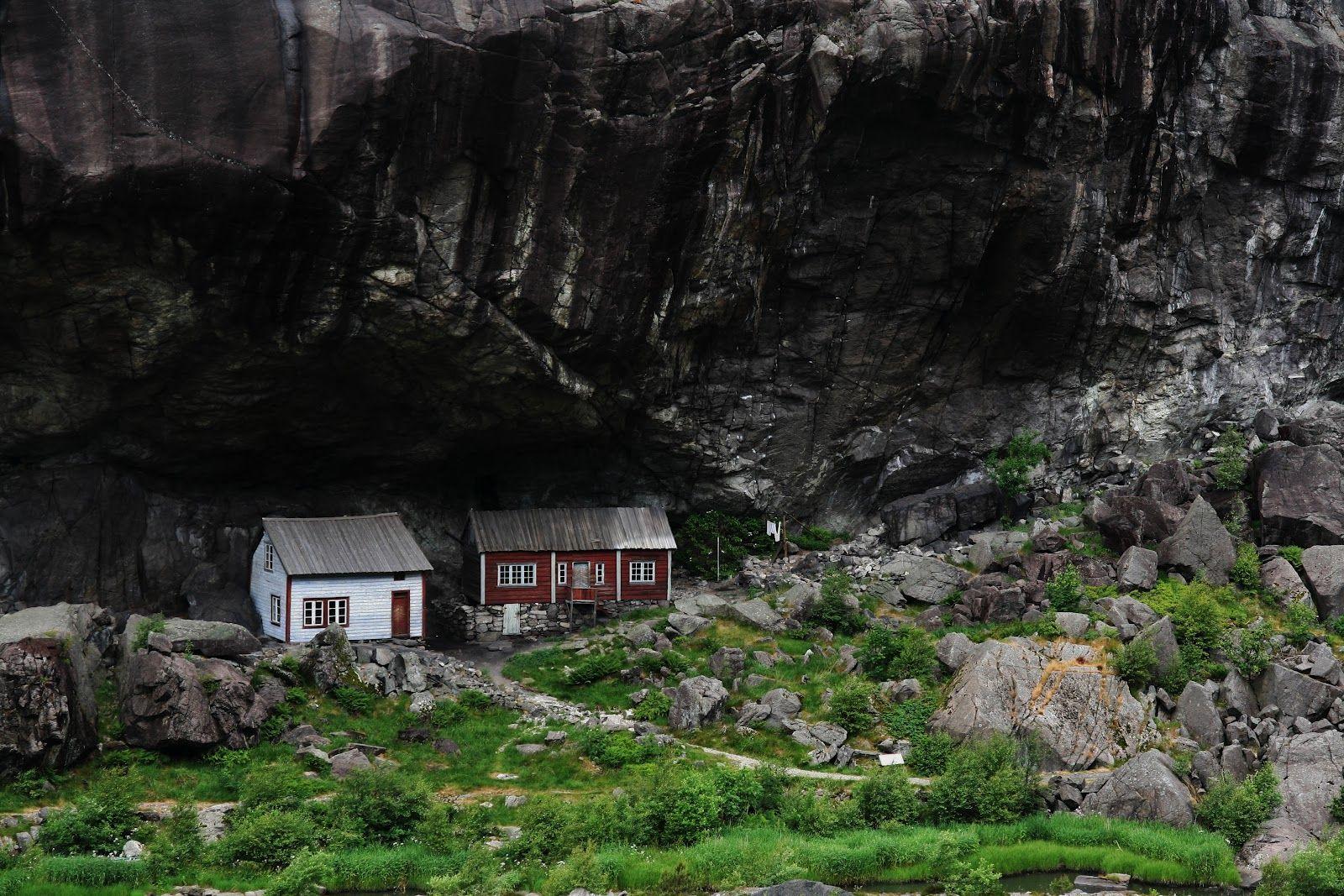 LIVELIFE-Helleren near Flekkefjord in Norway