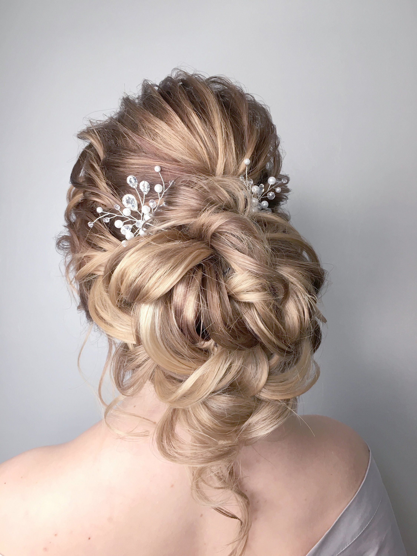 Wedding Hair Pin Pearl Headpiece Bridal Hair Pin Delicate Etsy Bridesmaid Hair Pins Hair Styles Wedding Hair Pins