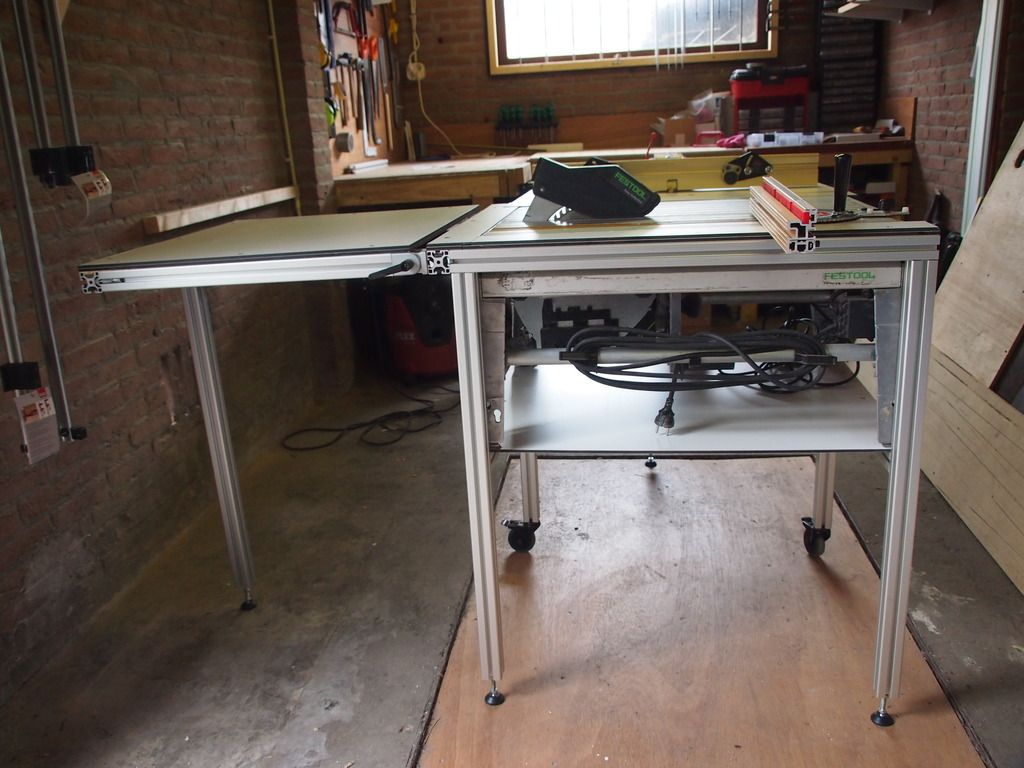 Diy saw router table with cs70 incra miter and incra ls router table keyboard keysfo Images