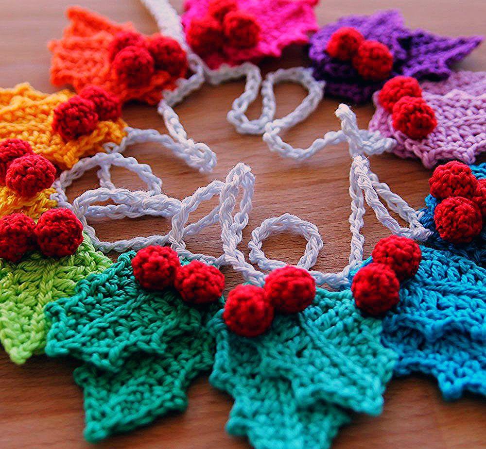Rainbow Holly Christmas Garland | Haak Maar Raak