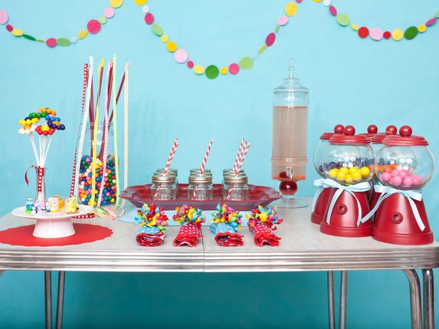 Diy Favors And Decorations For Kids Birthday Parties Birthday Decorations Kids Birthday Party Table Decorations Gumball Party