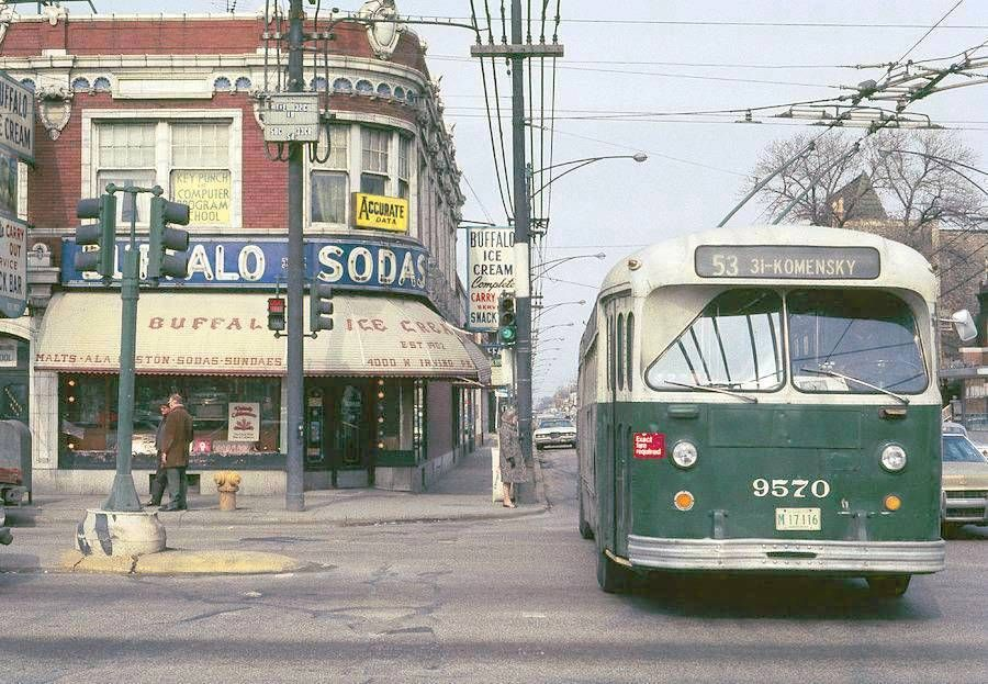 Cta Trolley Bus On The 53 Pulaski Route At Irving Park Rd