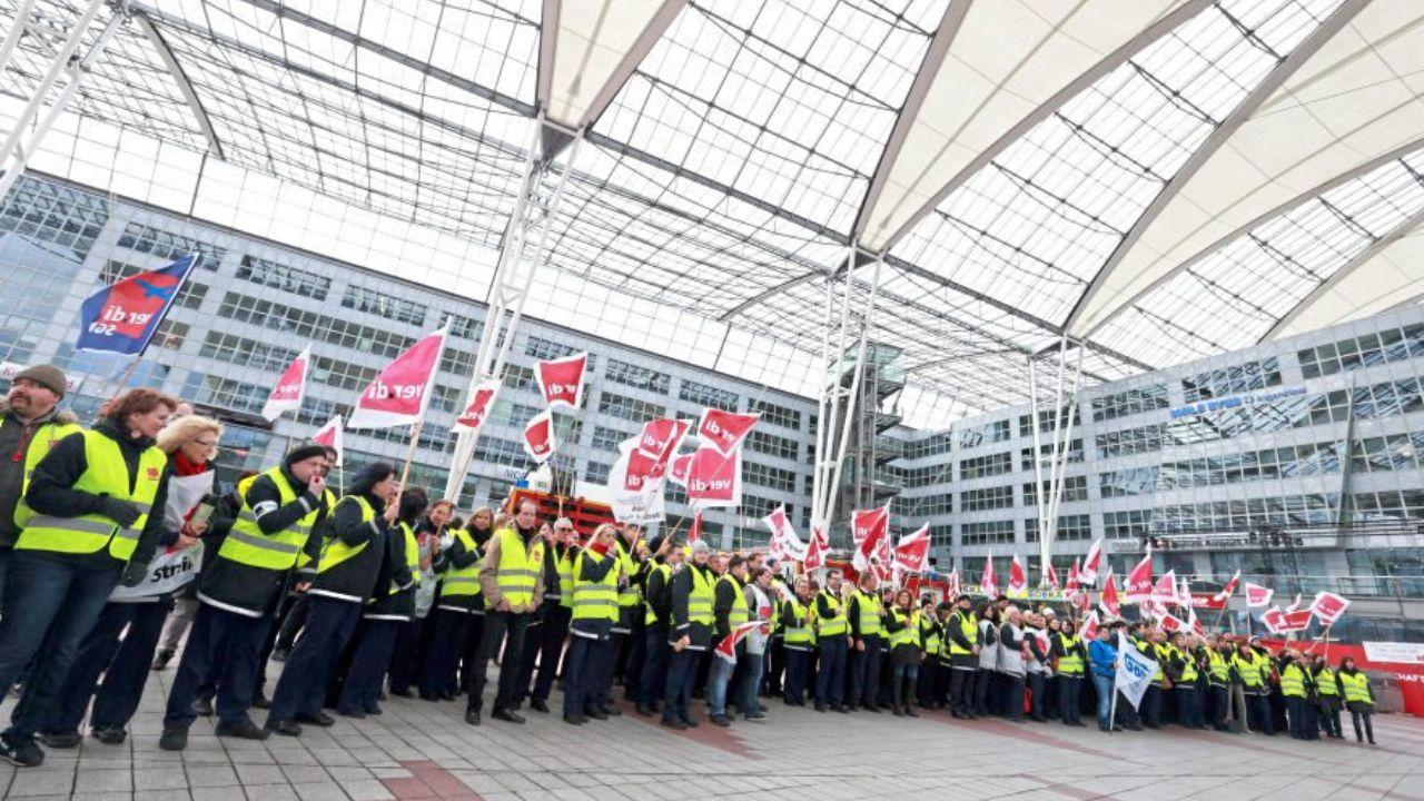 Streik an vier Flughäfen Welche Rechte haben Passagiere