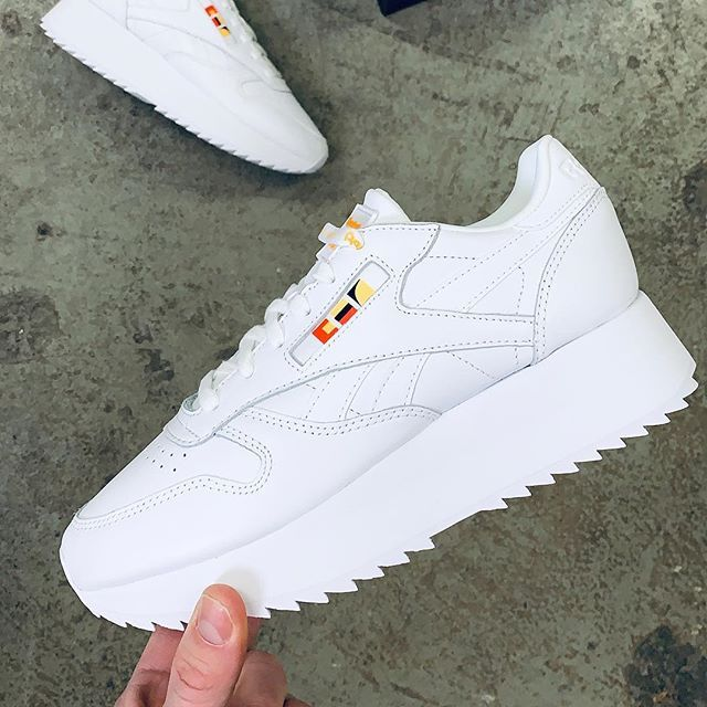 49847578 Reebok Classic Leather Double by Gigi Hadid. Release at midnight via  www.footish.se #reebok #classicleatherdouble #gigihadid #footish