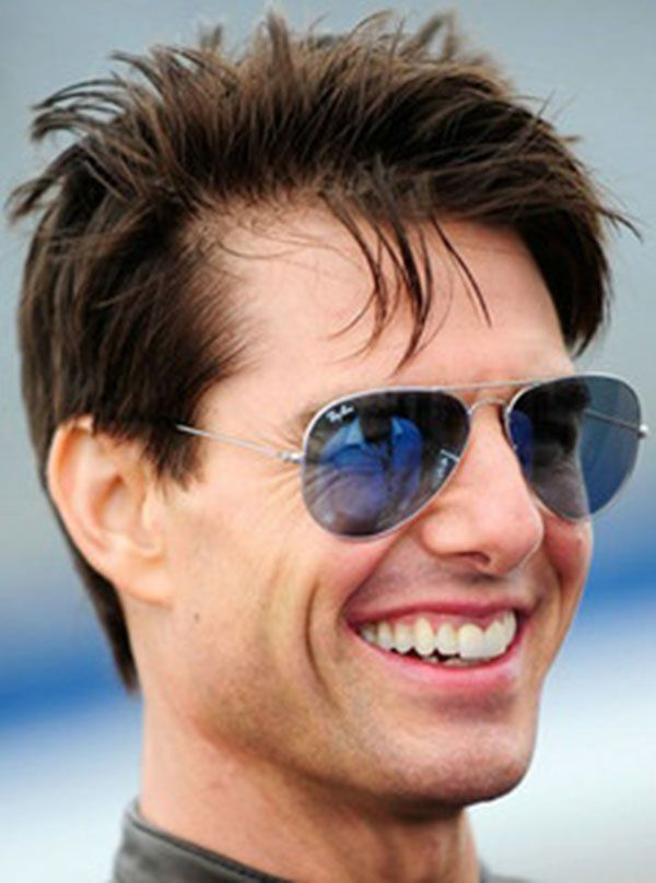 e178aa2ec6 The smile of Cruise moves my heart away!! | TOM CRUISE | Ray ban ...