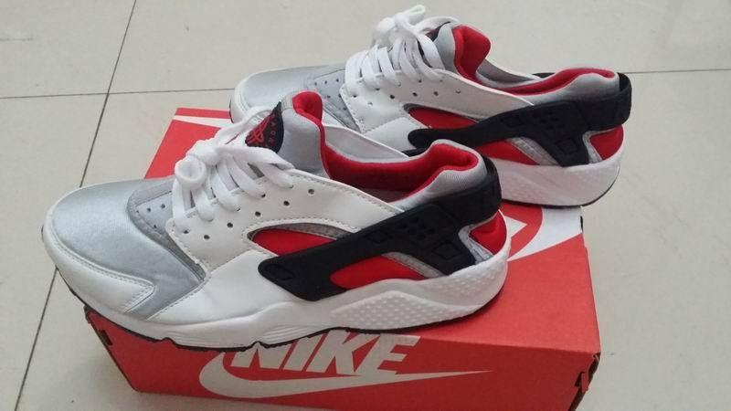 Nike Air Huarache LE Neutral Grey University Red White 318429 002 ... 5914d1bc6