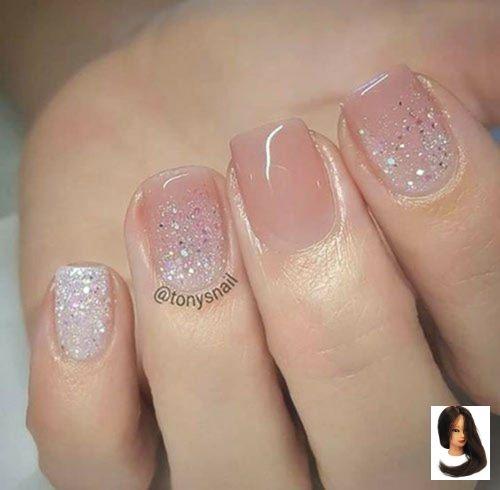 24 Short Acrylic Nail Designs