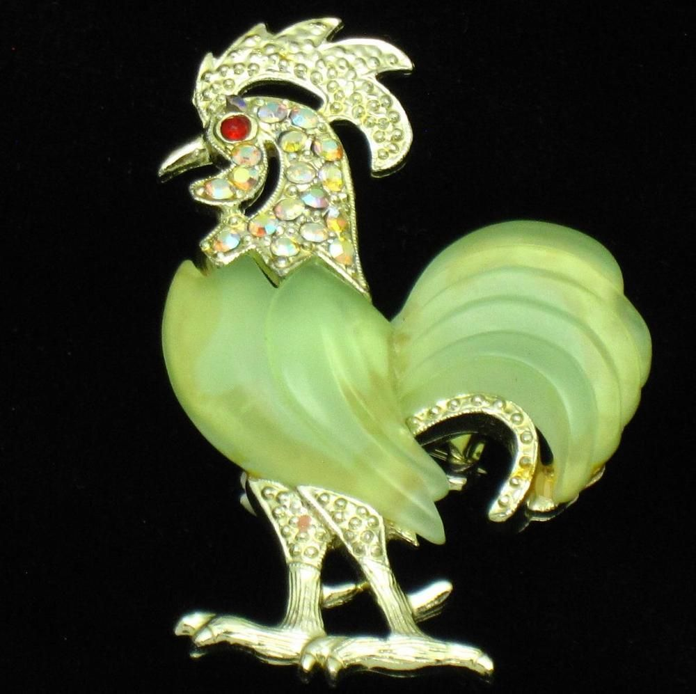 HATTIE CARNEGIE Lucite Rhinestone Rooster Figural Brooch Pin #HattieCarnegie