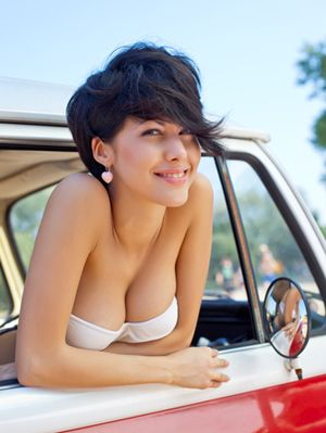 White woman double penetration