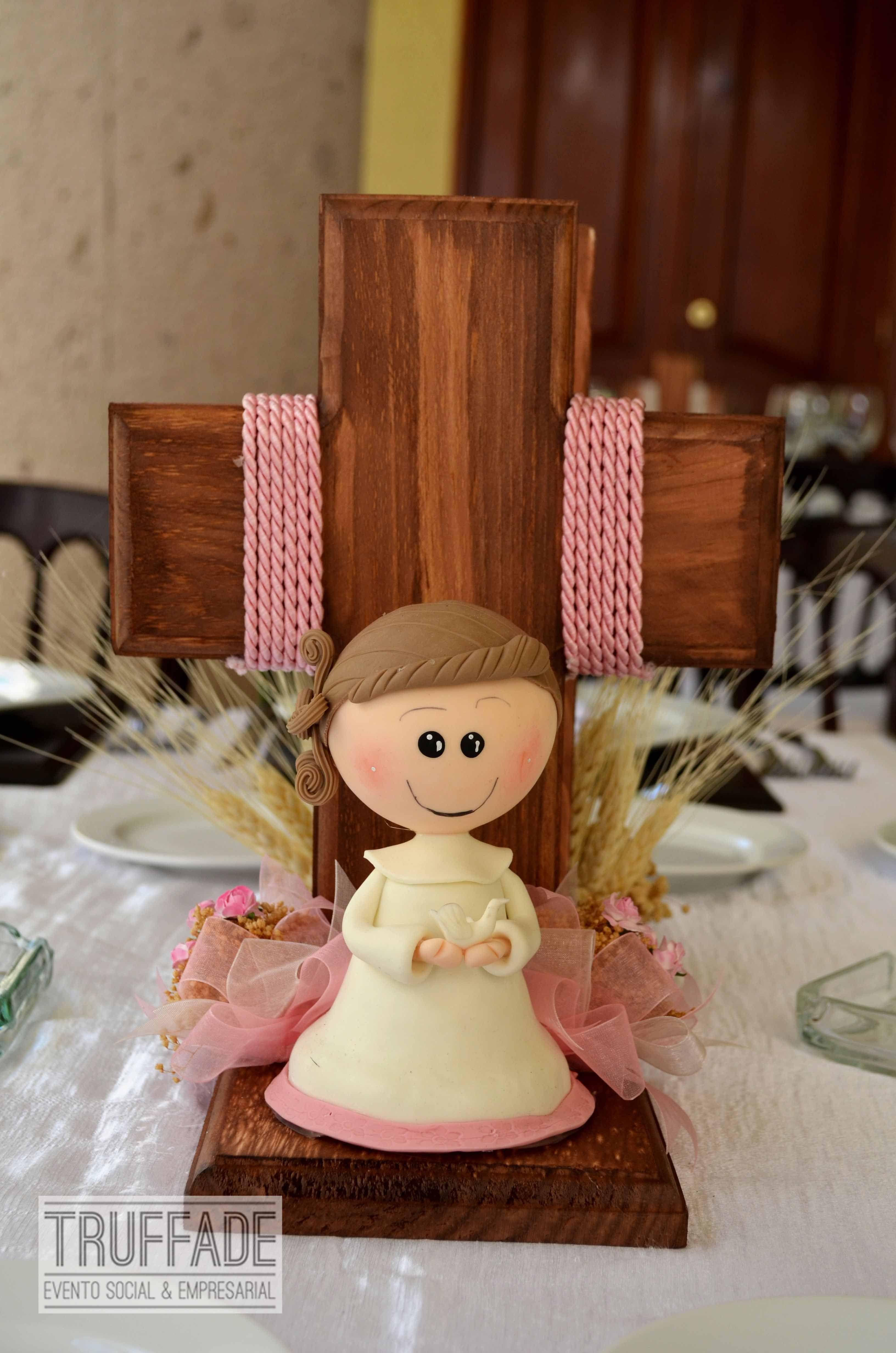 Primera comuni n centros de mesa baby shower bautizos - Adornos mesa comunion ...