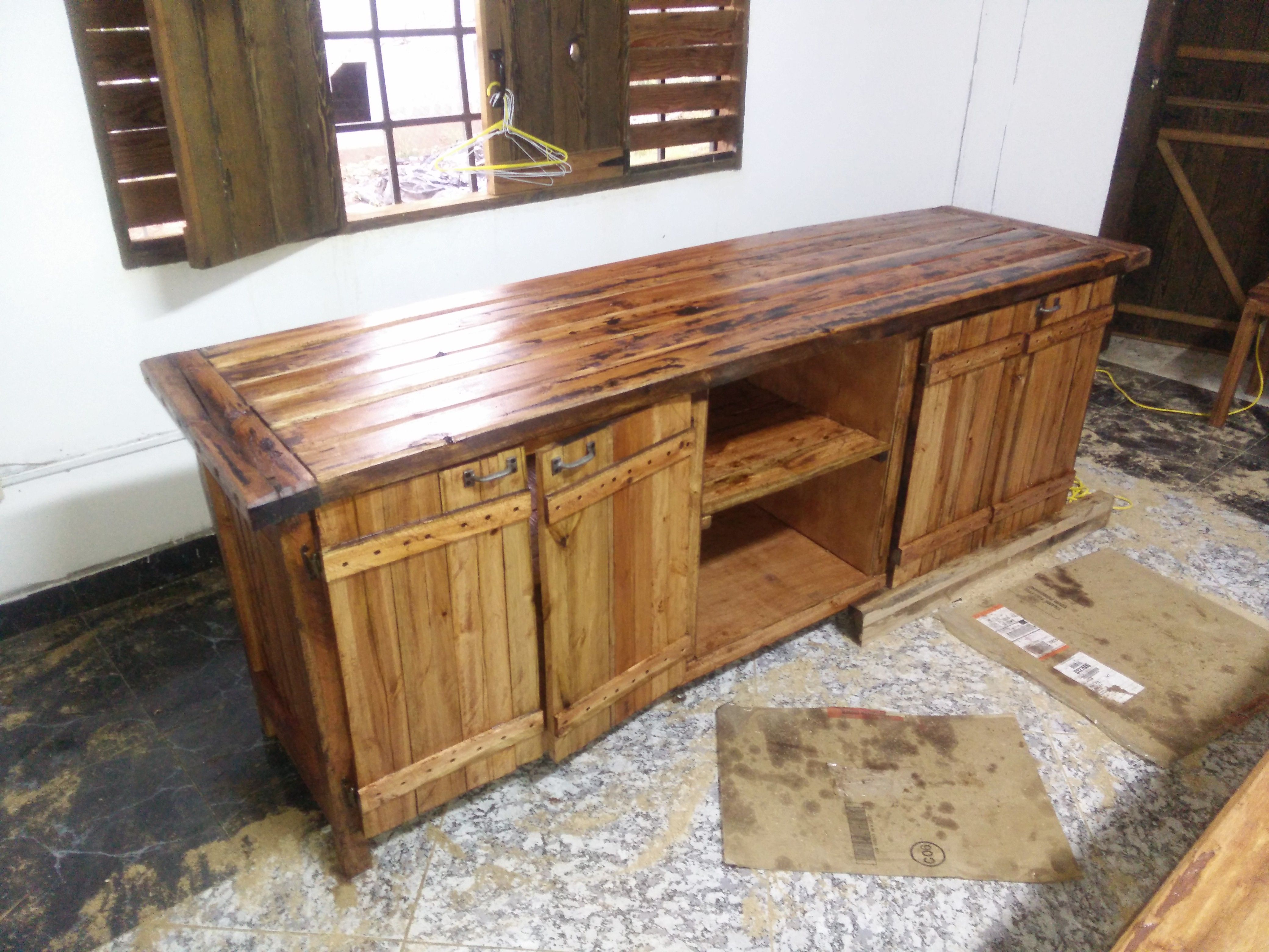 Pin By Omar Gayle On Omar Rustic Furnitures Rustic Furniture Home Decor Decor