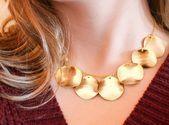 Photo of Golden Galvanized Textured Slices Lätzchen Halskette   Boho Elegant …