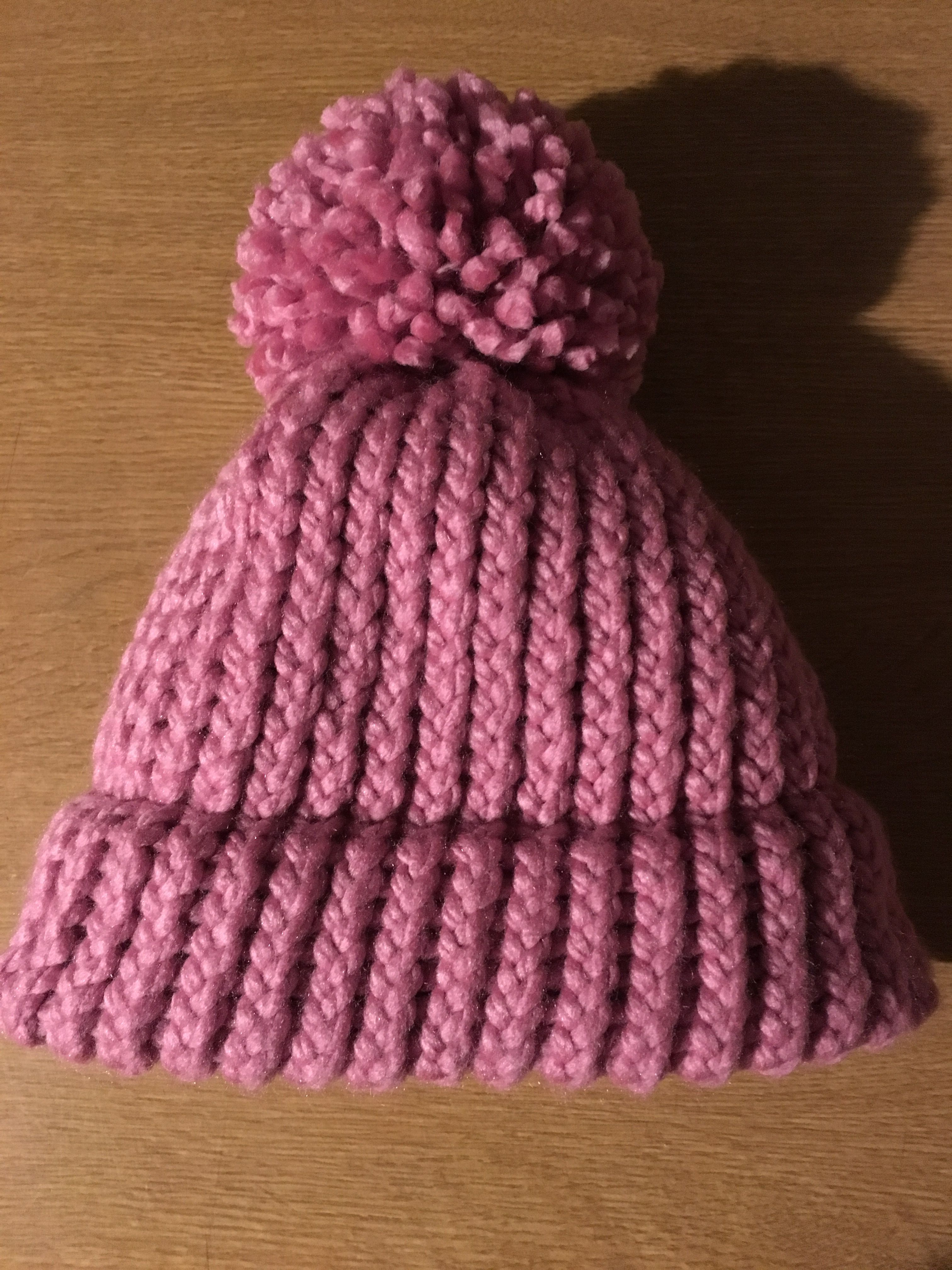 Loom knitted bobble hat | Loom knitting projects, Loom ...
