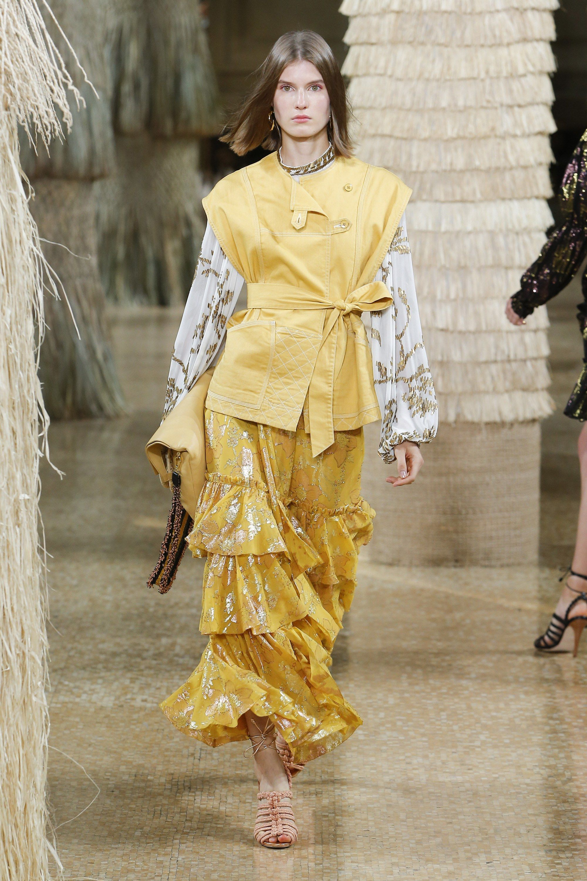 b659ffb7bad Ulla Johnson Spring 2019 Ready-to-Wear Collection - Vogue